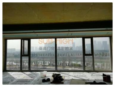成都复地金融岛铝焊圆角系统窗